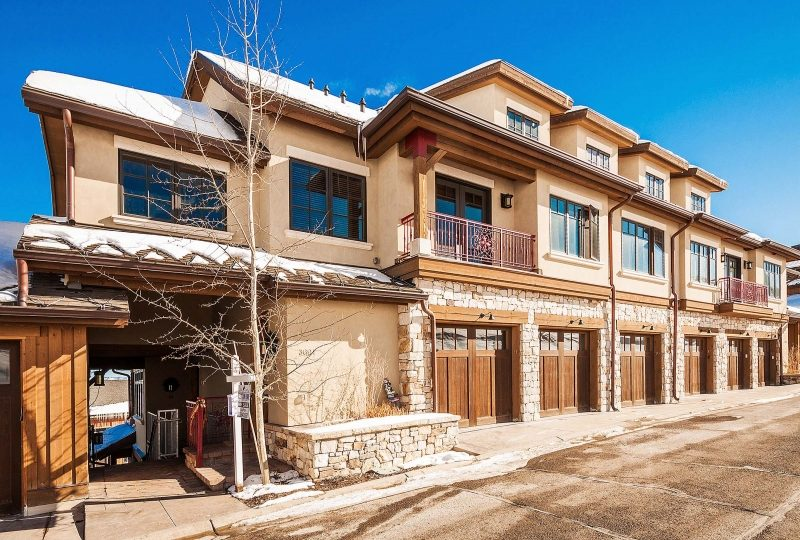 Exterior picture of Vintage on the Strand at Canyons Ski Resort