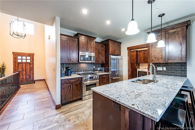 Black Rock Ridge Real Estate