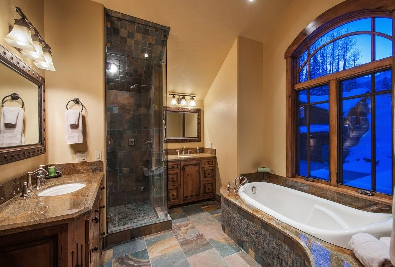 Picture of second master bathroom 56 White Pine Canyon Rd