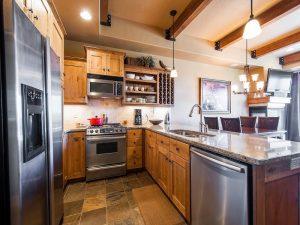 Kitchen of Newpark Real Estate
