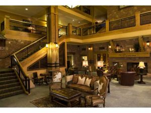 Picture of the lobby of the Grand Summit Hotel Park City