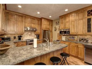Picture of kitchen of Aspen Wood town home in Deer Valley