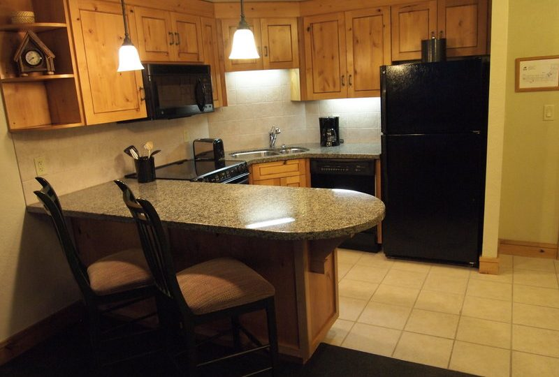 Picture of the kitchen in unit 420 of the Grand Summit Hotel Park City